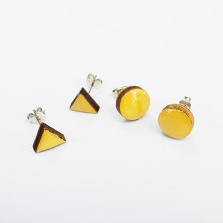 Tiny geometric triangle and circular wood earrings - khaki
