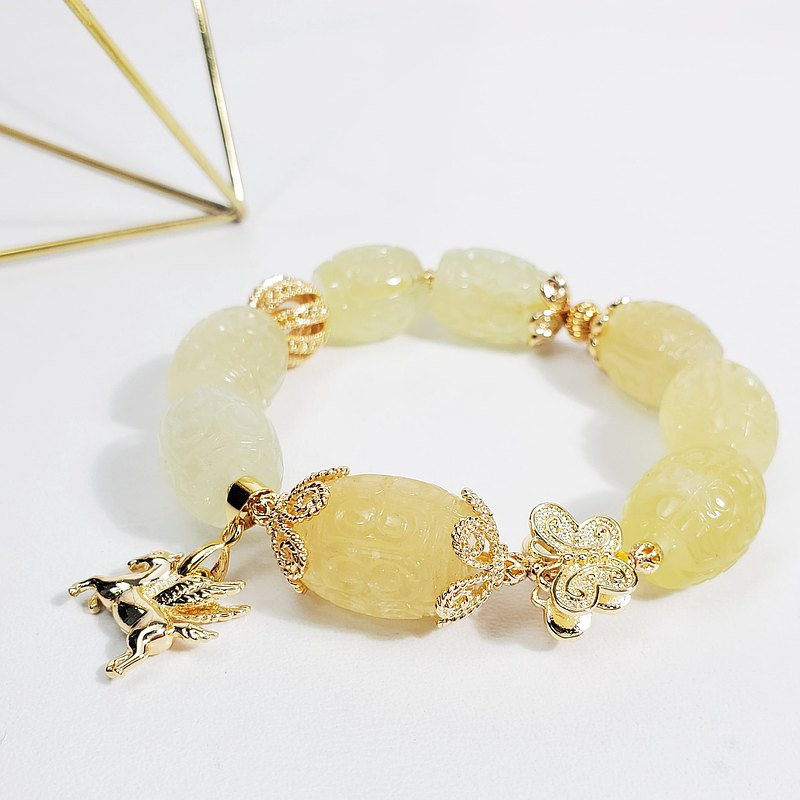 Natural top gold beryl back pattern butterfly wealth and pegasus lucky lucky bracelet