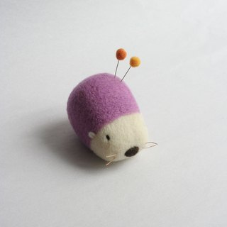 Wool hedgehog pin cushion (lavender)