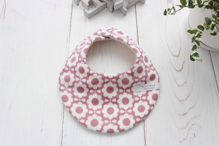 Scandinavian style floral pattern fluffy eight-fold gauze style floral pattern bib flower gauze madeinjapan baby gift