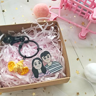 [Acrylic Key Ring] Customized Q version portrait painting couple / friends / family / birthday gift