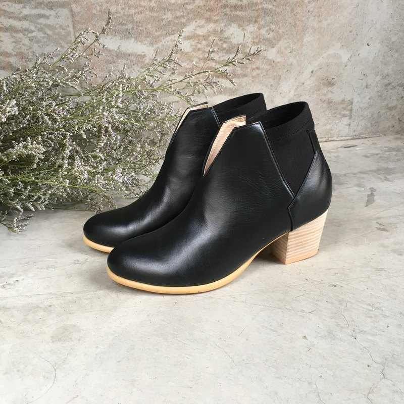 The Deep - Benthodesmus - Black Leather Handmade *Ankle boots*