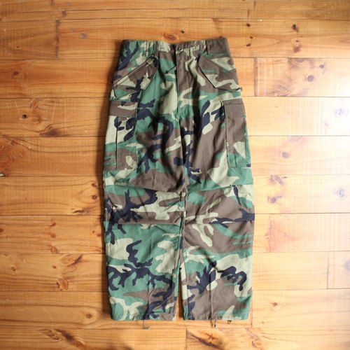 Rolling on [Vintage] Camo Field Pants military camouflage overalls / DP-0420