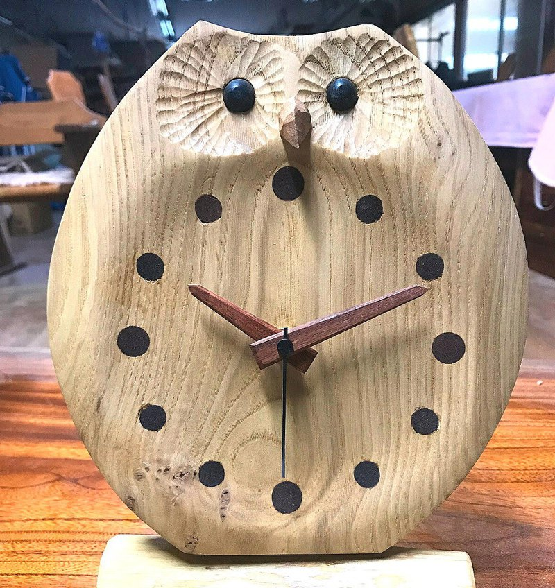 Owl table clock Wake up type