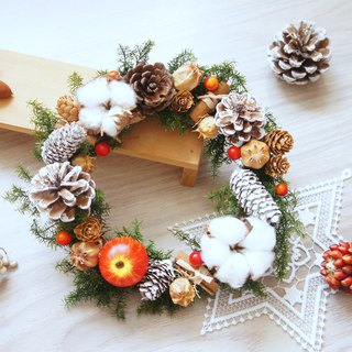 Handmade Fengqing Happy Dry Flower Christmas Wreath (photograph props cafe decoration home layout)