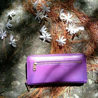 LaPoche Secrete: Encounter everyday girl _ Water washed mo leather clip _ charm purple