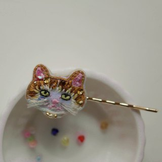 Qy's cats red and white cat hand-embroidered hairpin hairpin hair gift