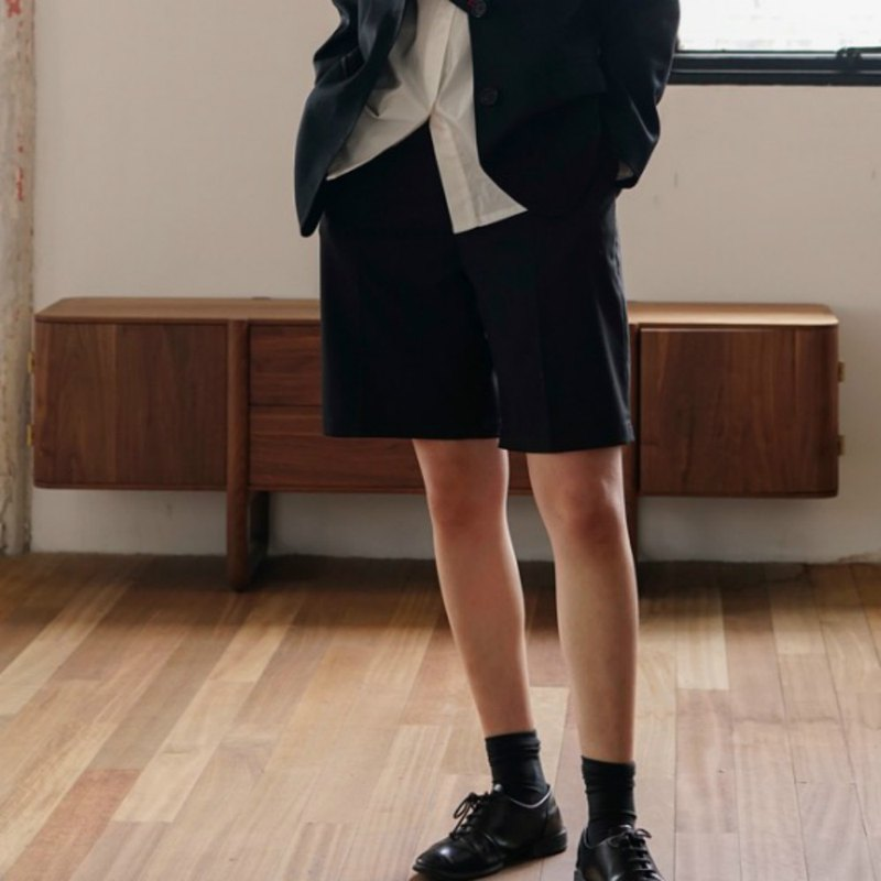 Bermuda boy black worsted wool classic suit pants neutral loose wild straight shorts