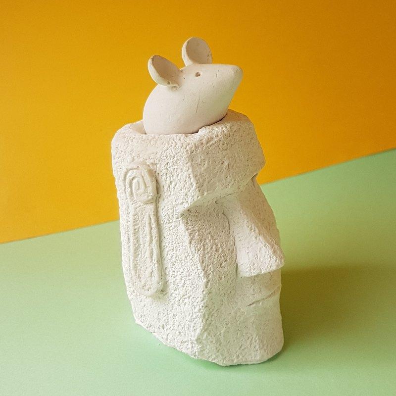 24小時超快出貨 500元 過年禮 摩艾 Moai與鼠 擴香交換禮物