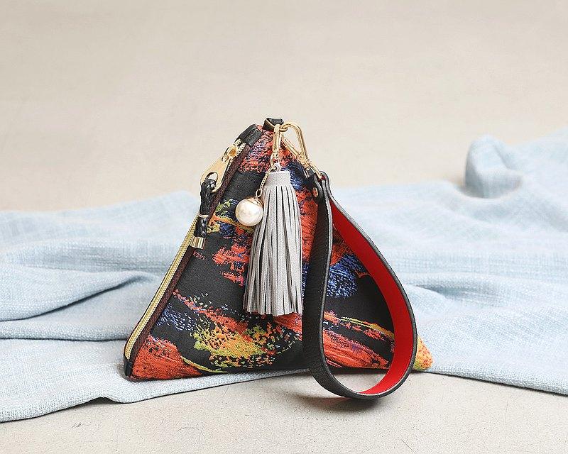 Arabian Night triangular clutch pouch bag