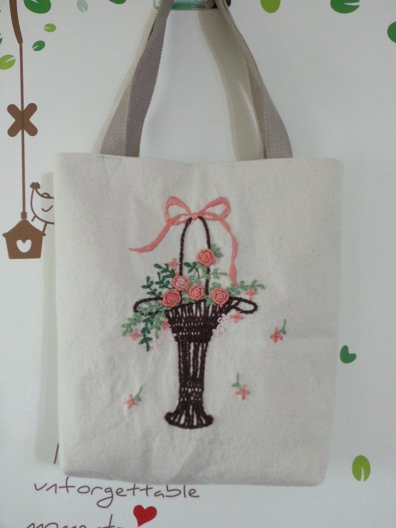 Bag / canvas / green paper bag handmade embroidery pure handmade ‧