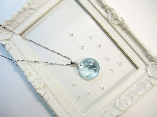 """Ice Crystal ice"" elegant sea-blue glass necklace - holy full moon -N7"