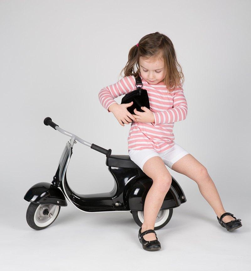 PRIMO 經典偉士牌造型滑步車_特仕版 (曜石黑)