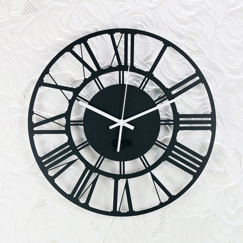 "【OPUS Dongqi Metalworking】 European Style Iron Clock ""Roman numerals"" black / texture metal / quiet wall clock / modeling wall bell / quiet movement / wedding into the house gift CL-ro02 (B)"