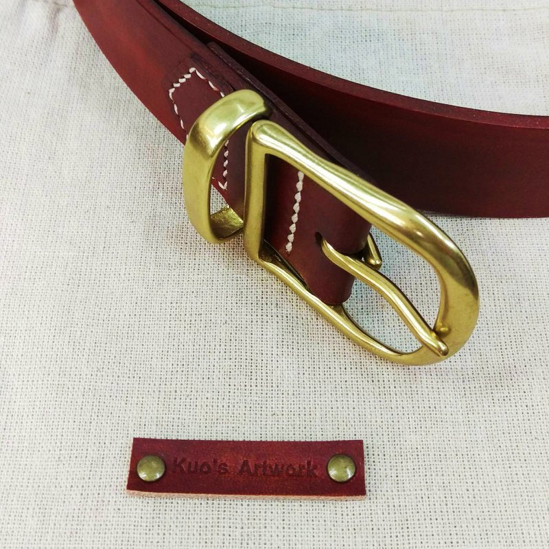 Italian vegetable tanned leather dyed classical brass brass belt / belt
