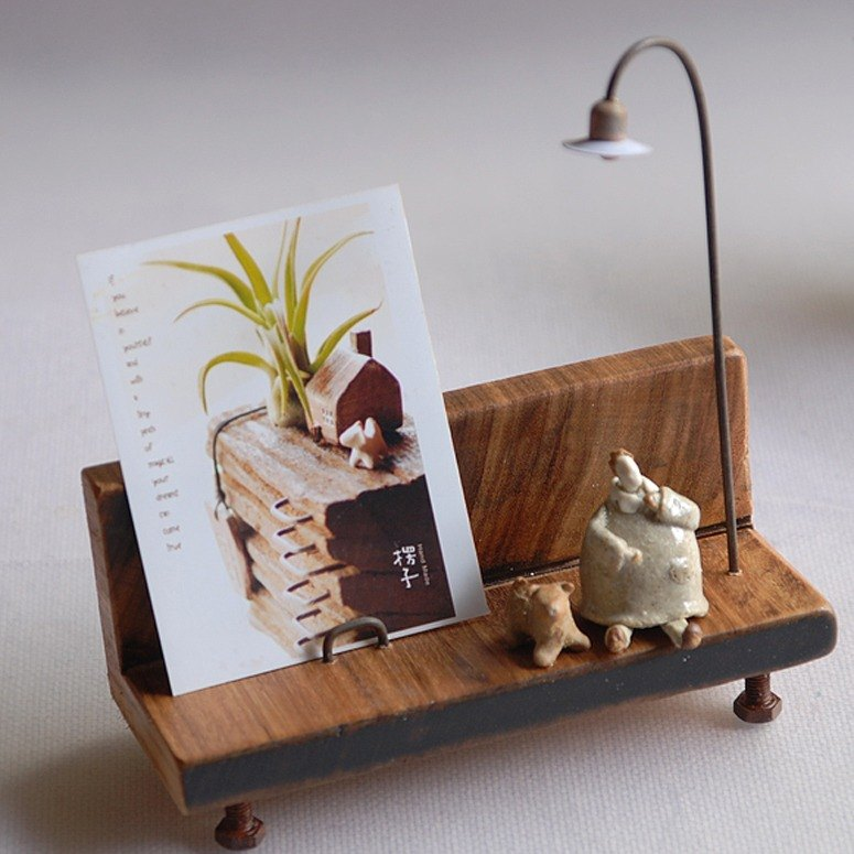 Shocked with hand made / ceramic figurine micro view card holder / photo frame / birthday gift / Mother's Day / A-2