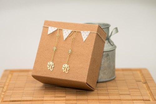 Veins long chain earrings / Swarovski Crystal / 18K gold-day (or ear acupuncture ear clip optional)