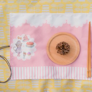 Afternoon tea dessert cat lunch mat