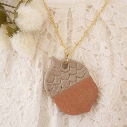 Acorn necklace (wave) / Acorn necklace [wave]
