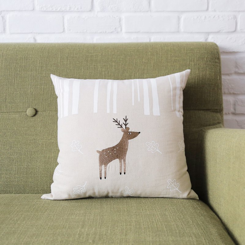 Taiwan sika deer embroidered pillow