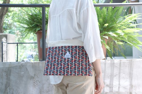 MaryWil Postcard Bag - Red and Blue Dots