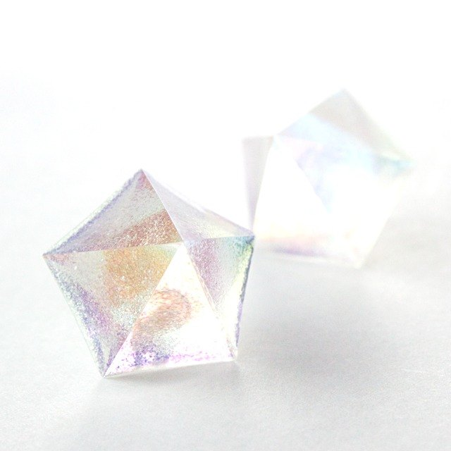 Pentagon earrings (small light)