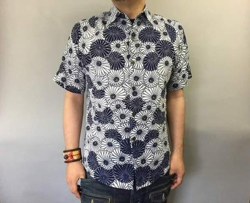 Yukata cloth remake shirt (chrysanthemum do our pattern)