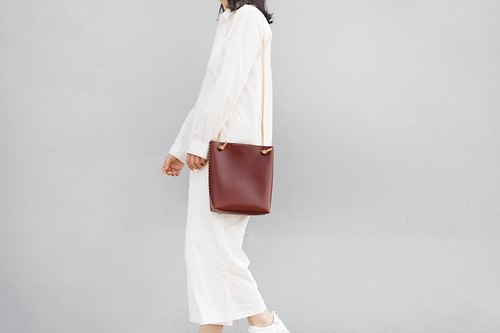 f2studio first layer of leather tote bag handmade vegetable tanned leather handbag Messenger retro shoulder bag burgundy