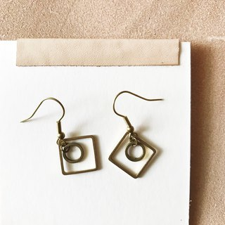 Brass earrings _ modern flower drill (can be changed)