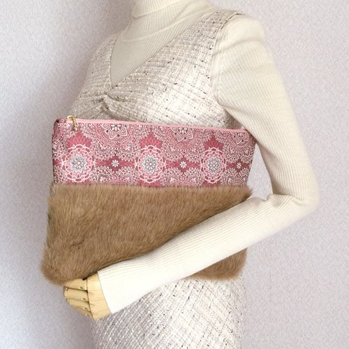 Clutch bag with fake fur and Japanese Traditional pattern, Kimono [obi]