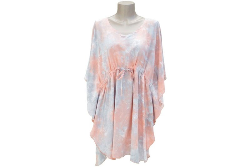Pastel color is cute! Uneven dyed butterfly sleeve dress <Peach gray>