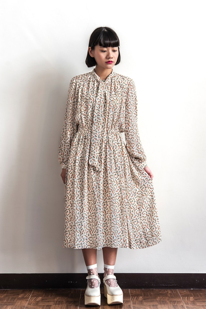 Vintage multicolor flower long-sleeved dress