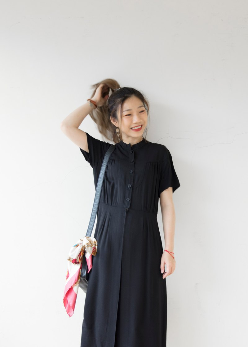 Banana cat. Banana Cats pure black small stand collar cuts lively vintage dress