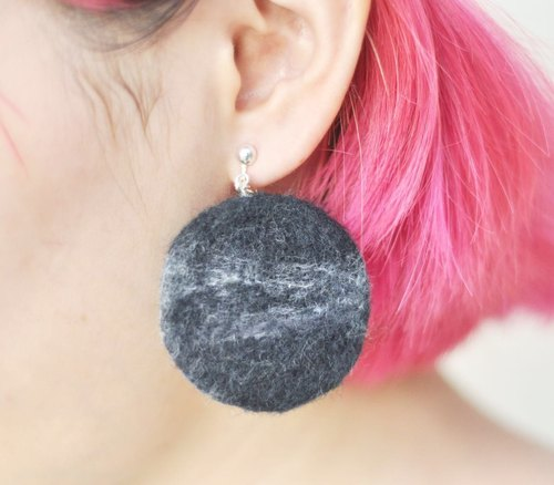 A marble Oreo cookies earrings wild hand needle felt Christmas New Year