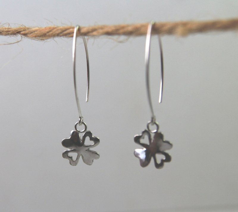 Sterling Silver Earrings / Four-Leaved Clover
