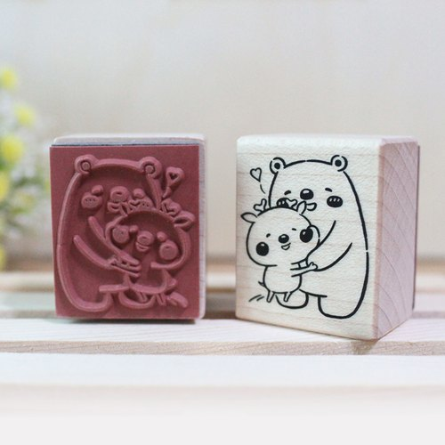 Fawn love hug Maple rubber seal