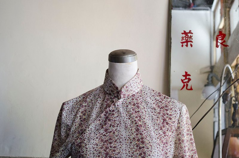 Red scented white milk purple red floral short sleeve early handmade antique cheongsam | vintage Wan Hao ancient
