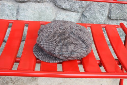 H502 [Vintage hat] {Italian} Newsboy Cap manufactured in standard eight brown gray wool cap / reported bonnet (Made in Italy) (recommended Christmas gift exchange was good)