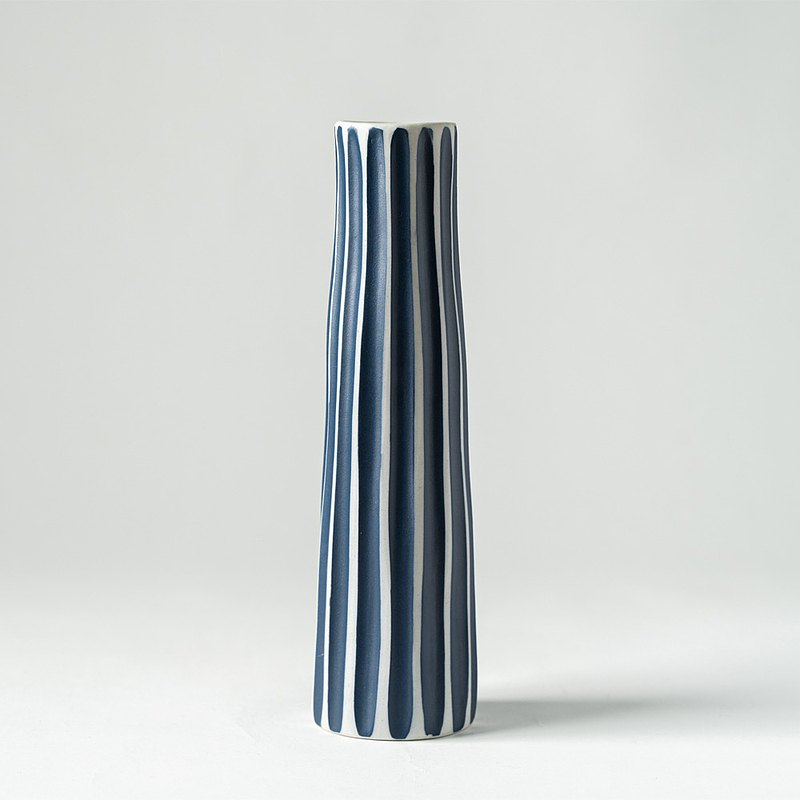 Flower/Vase Blue Wide Striped Long Vase (21cm)