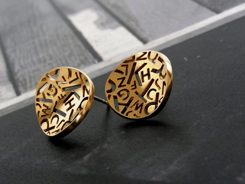 Alphabet Stud Earrings / brass