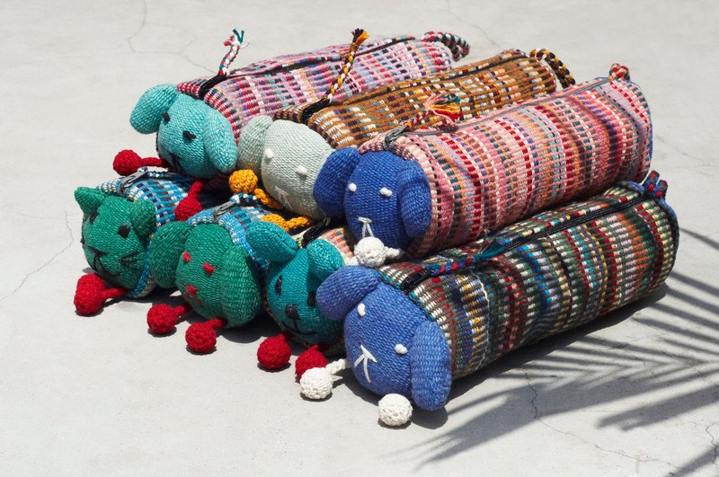 The room has a hand-woven long animal storage bag / pencil bag / cosmetic bag / pen box - cat dog rabbit