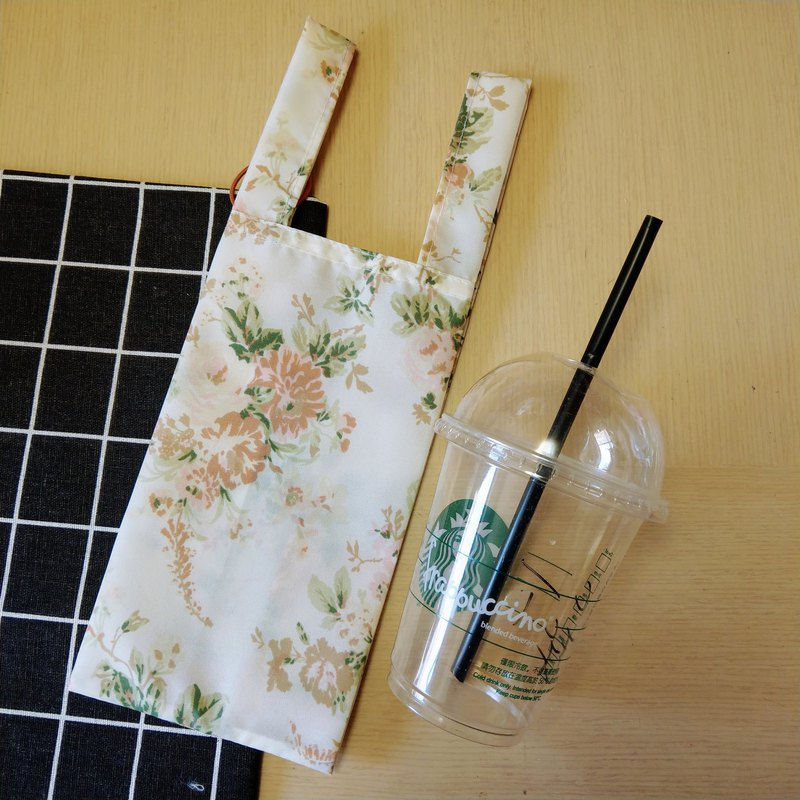Rose Tea (blanchedalmond)。Handmade reusable bag for drinks and anything