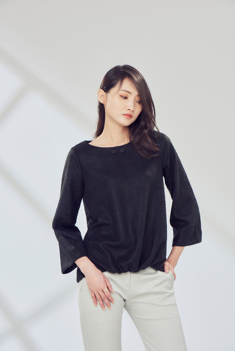 Black wool 2 button top