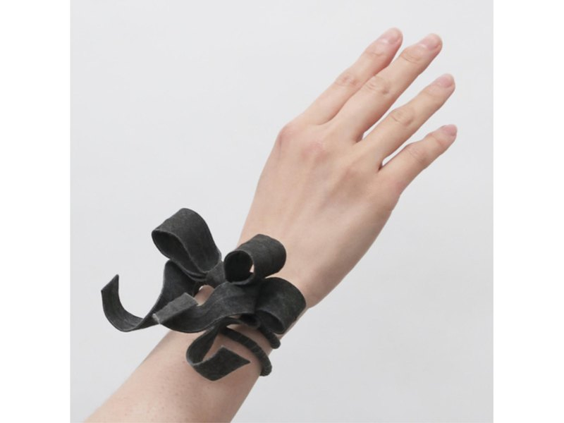 Select from 2 colors Deformed ribbon bracelet / W-1 _ DR