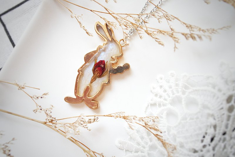 Japanese Bunny Push Flower Necklace C001