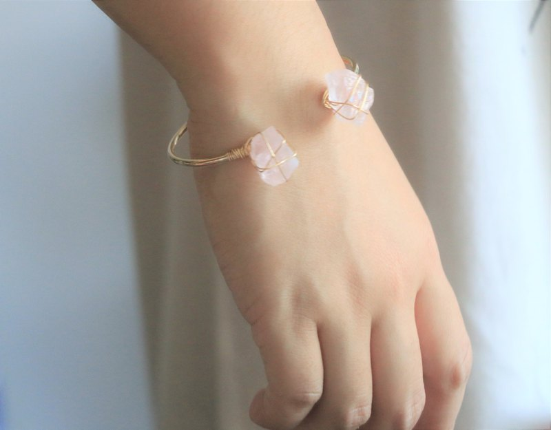 Raw rose quartz wire wrapped bracelet - rose quartz cuff bracelet2