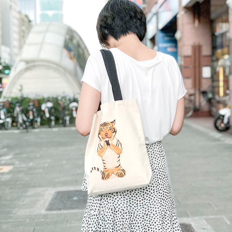 Animal Life Series - (Chao Yujun) Pray Tiger - Canvas Tote Bag