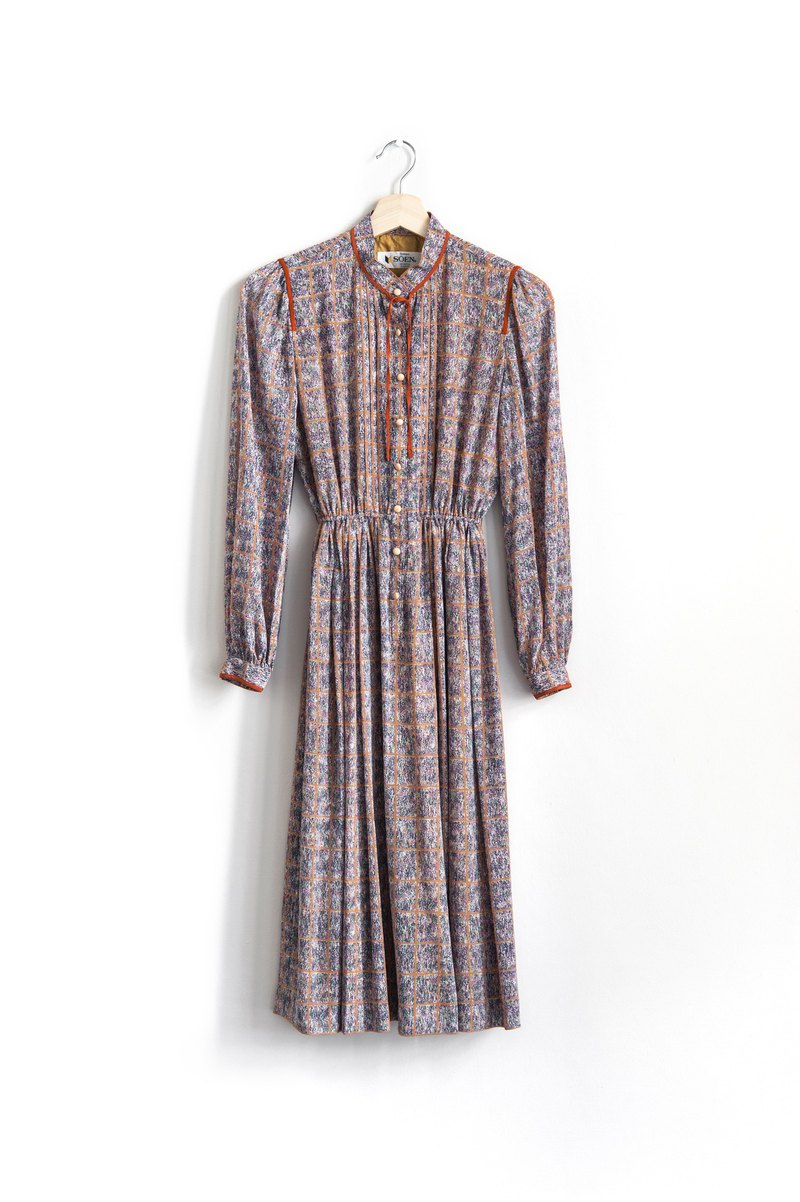 Vintage vintage long sleeve dress