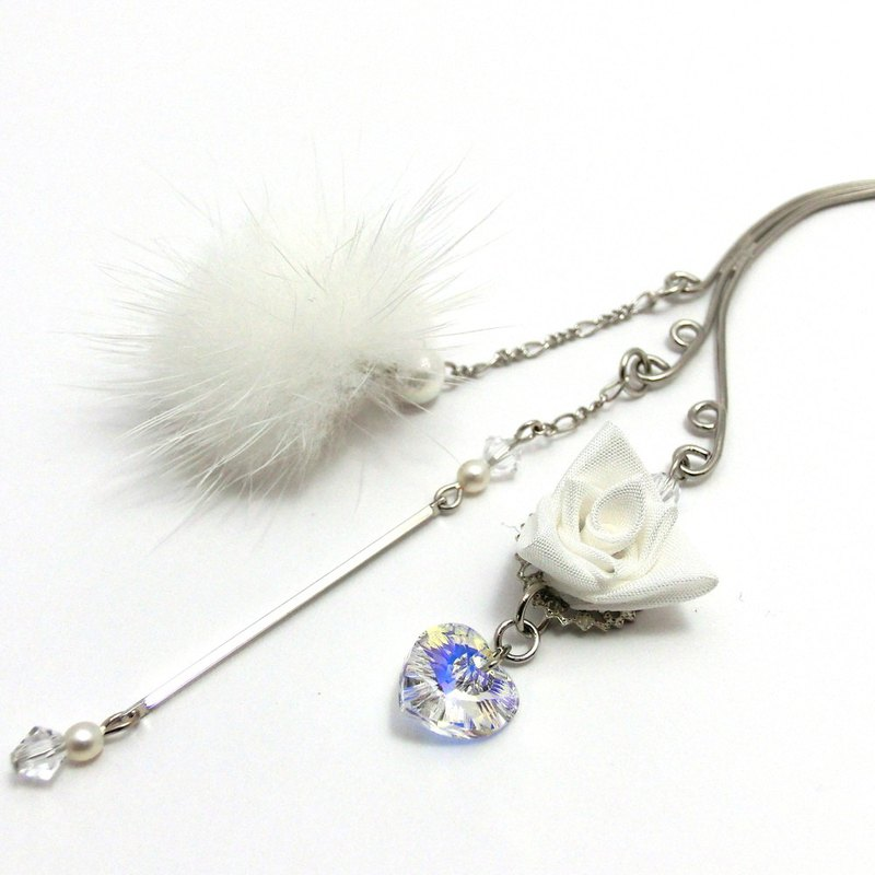 Slide handmade ear hook White fur corner rose