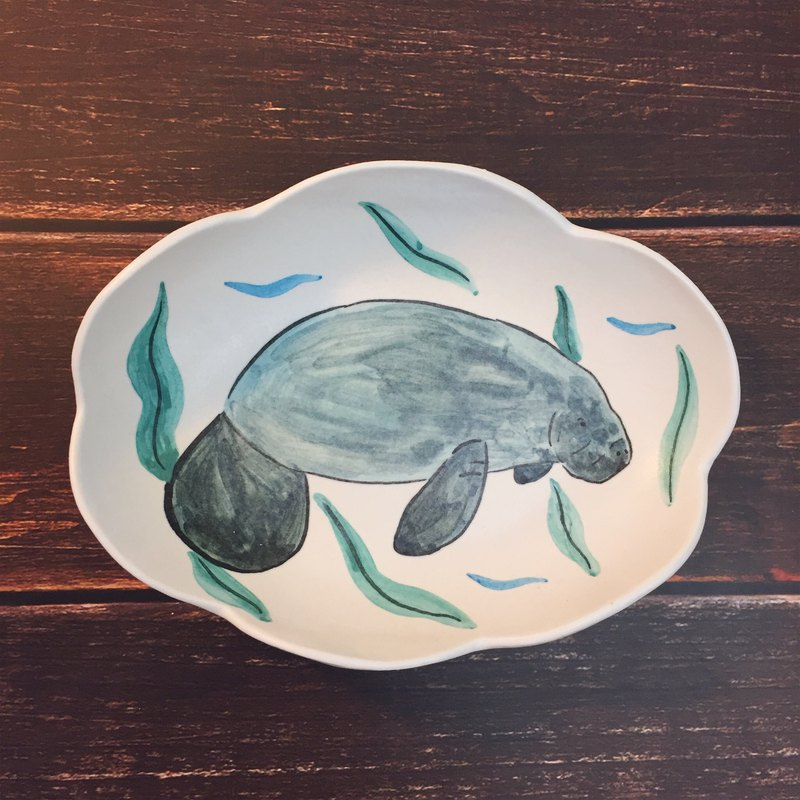 Manatee / ceramic oval bowl
